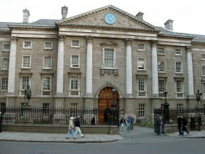 Trinity_College,_Dublin,_Ireland_(Front_Arch)